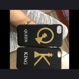 Accessories - King and queen cases